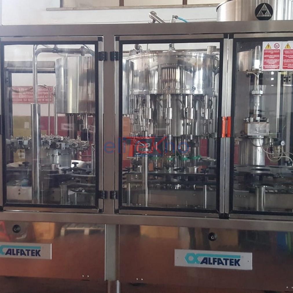 Monoblocco di riempimento usato ALFATEK 12.4.12.1 2500 bph - vino fermo - tappo sughero raso